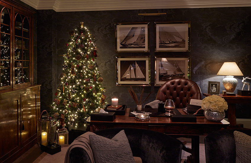 Christmas Decorating Ideas: What's Your Festive Style? Heritage Holidays - LuxDeco Style Guide