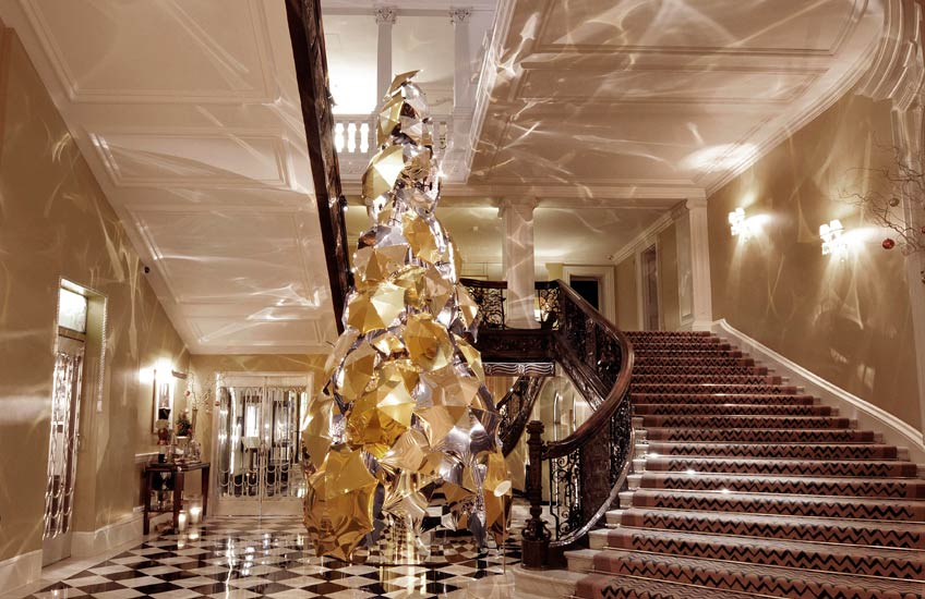 Claridge's Christmas Tree 2015 – LuxDeco.com Style Guide