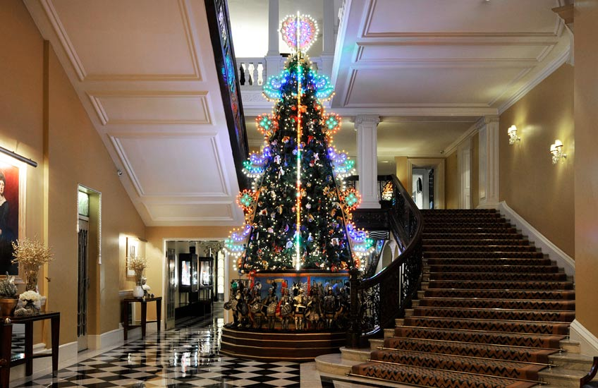 Claridge's Christmas Tree 2013 – LuxDeco.com Style Guide