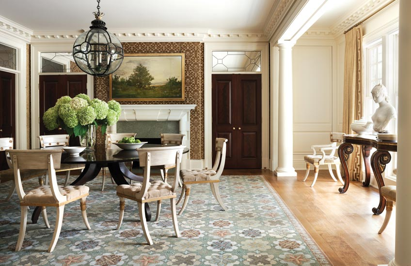 Interior Design Styles 101 – Classical Interiors – Classical Dining Room – Thomas Pheasant Interior Design – Read more in the LuxDeco Style Guide