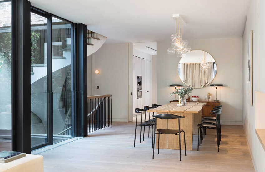 How To Create A Healthy Home For The New Year – Modern Dining Room – Echlin Levenston House – Read more in the LuxDeco.com Style Guide