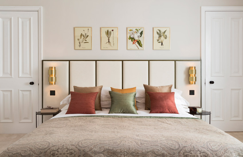 How To Create A Healthy Home For The New Year – Modern Bedroom – Echlin Levenston House – Read more in the LuxDeco.com Style Guide