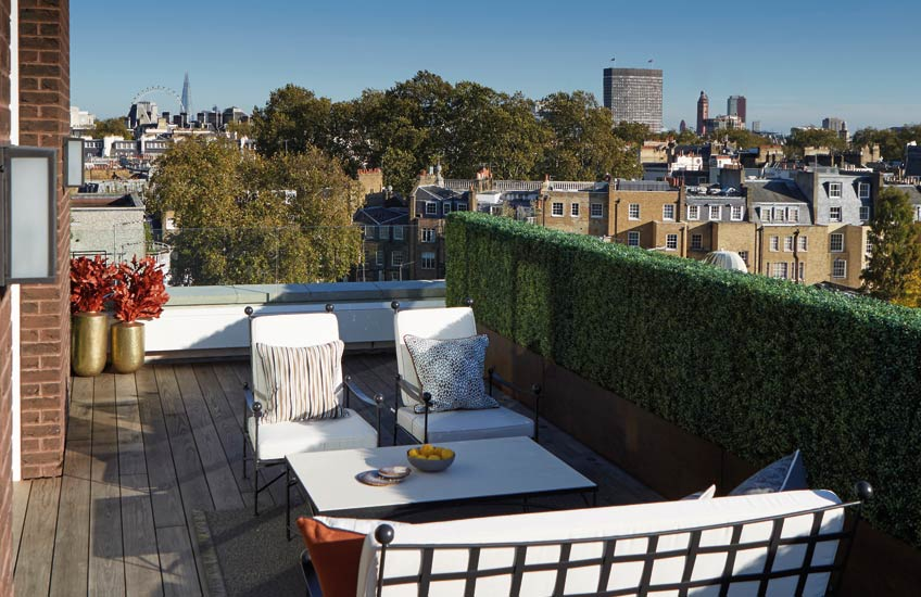 London Rooftop Terrace, Outdoor Space Ideas | Helen Green | Read more in The Luxurist | LuxDeco.com