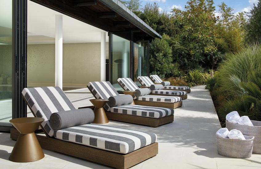 Sun Loungers, Outdoor Space Ideas | Laura Hammett | Read more in The Luxurist | LuxDeco.com