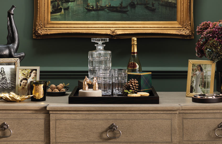 Luxury Christmas Entertaining | LuxDeco Christmas Gift Guide | Read more in the LuxDeco Style Guide