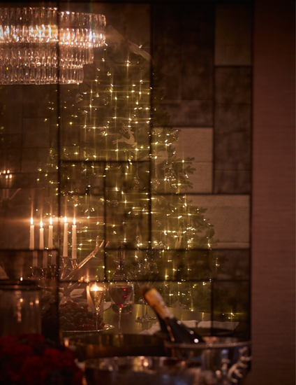How To Decorate A Christmas Tree | Christmas Tree Lighting Tips from Jeff Leatham | Read more in the LuxDeco Style Guide