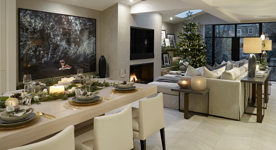 Laura Hammett Christmas Tree - Open Plan Living Space - How to Decorate a Christmas Tree - LuxDeco.com