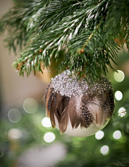 Laura Hammett Christmas Decoration - How to Decorate a Christmas Tree - LuxDeco.com
